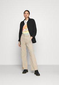 Cotton On - CLASSIC LED ZEPPELIN - Camiseta estampada - gardenia - 1