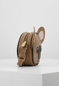 Molo - KOALA BAG - Taška spříčným popruhem - brown - 4
