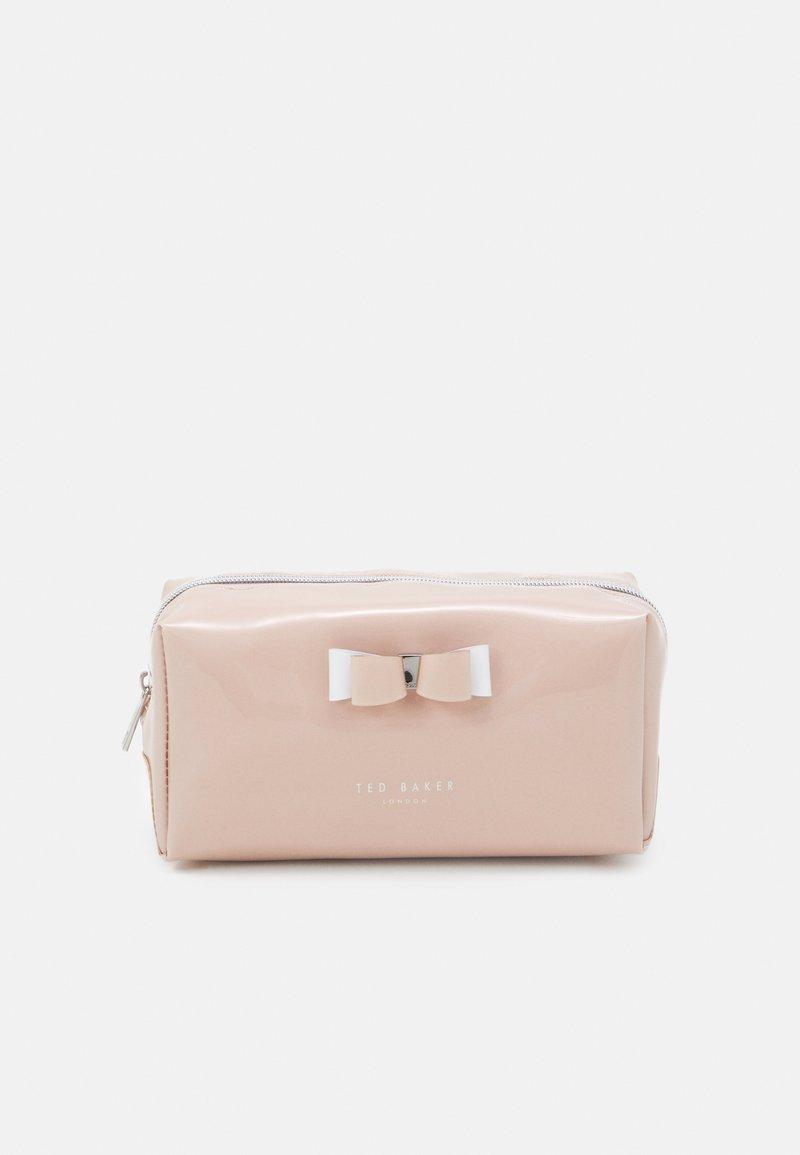 Ted Baker - HALSEY BOW MAKEUP BAG - Wash bag - dusky pink
