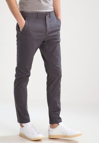 Jack & Jones - JJIMARCO JJENZO - Kangashousut - dark grey - 0