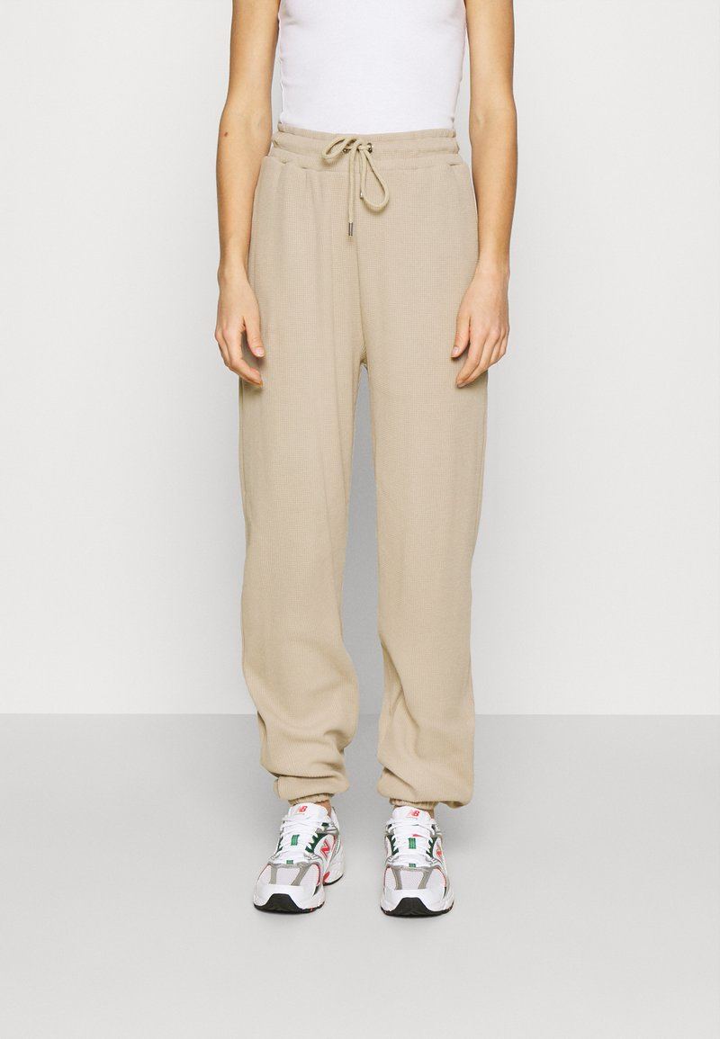Nly by Nelly - STRUCTURED  - Tracksuit bottoms - beige
