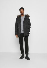 Superdry - CHINOOK - Parka - black - 1