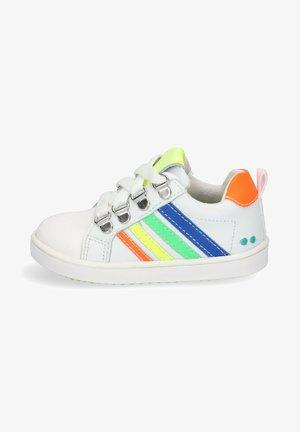 PUK PIT  - Baby shoes - orange