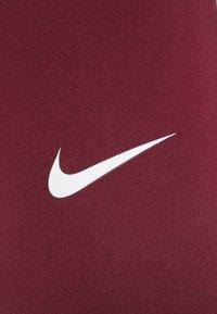Nike Performance - ONE - Legging - dark beetroot/white - 2