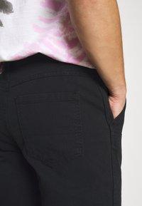 Mennace - STRAIGHT PAINTERS PANT - Trousers - black - 5
