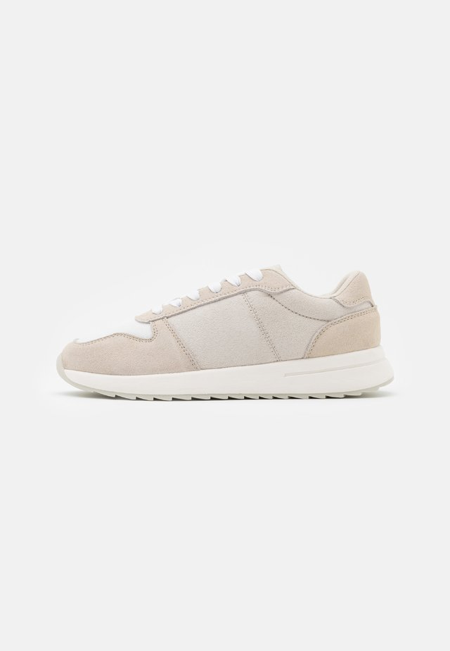 LEATHER - Trainers - beige
