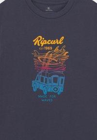 Rip Curl - TRUCKITO UNISEX - Print T-shirt - navy - 2