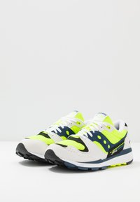 Saucony - AZURA - Sneaker low - white/citron/denim - 2