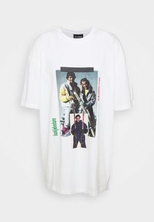 BOYFRIEND TEE - Print T-shirt - off white