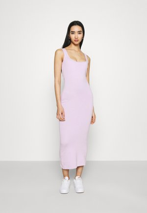 MAYA DRESS WITH WIDE STRAPS AND LOW NECKLINE - Jersey dress - lilac
