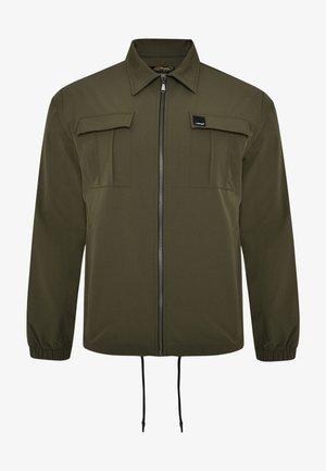 URBAN-TIGER NYLON POLY STRETCH SHACKET - Summer jacket - khaki