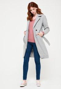 LolaLiza - WITH BELT - Trenchcoat - grey - 4