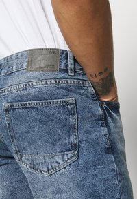 Redefined Rebel - RROSAKA - Shorts di jeans - vintage denim - 4