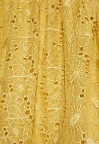 Stella Nova - Day dress - extra sandy yellow - 2
