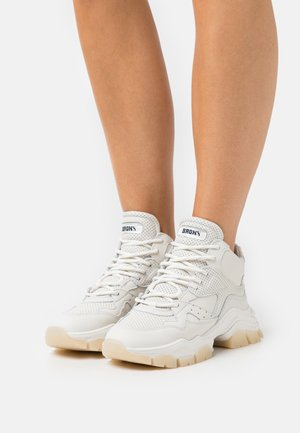 TAYKE OVER - Sneakersy niskie - offwhite