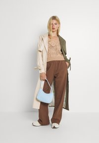 Free People - POINTELLE VEST - Sweter - soft earth - 1