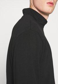 Weekday - DORIAN TURTLENECK - Long sleeved top - black - 5
