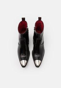 Jeffery West - SIXX SINGLE ZIP - Classic ankle boots - college black - 3