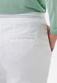BRAX - STYLE MARON - Trousers - white - 4