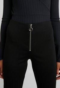 Vero Moda - VMCISSE PANT - Legíny - black - 4