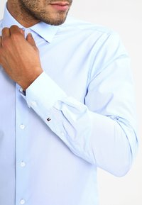 Tommy Hilfiger Tailored - SLIM FIT - Chemise classique - blue - 3