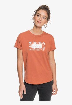 EPIC AFTERNOON CORPO - Print T-shirt - auburn