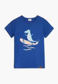 Walkiddy - CROCODILE SURFING PLACEMENT 2 PACK - T-shirt con stampa - dark blue/orange - 2