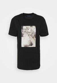 EGADI - Print T-shirt - black