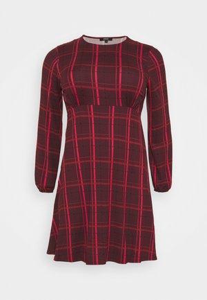 ALINE TEA DRESS - Denní šaty - dark red
