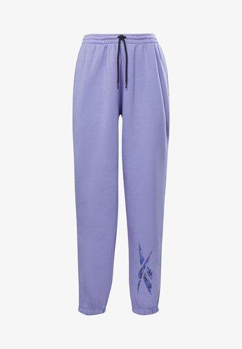 MODERN SAFARI PANTS - Pantalon de survêtement - purple