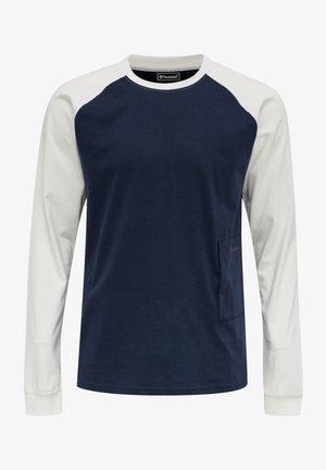HMLPRO XK  - Langærmede T-shirts - marshmallow/black iris