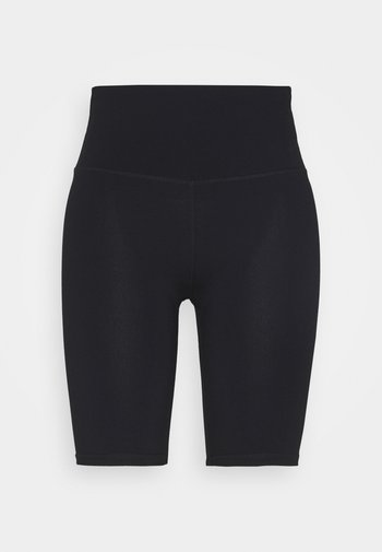 HIGHWAISTED MID LENGTH BIKE SHORT