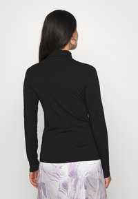 Pieces - PCSIRENE ROLLNECK - Long sleeved top - black - 2