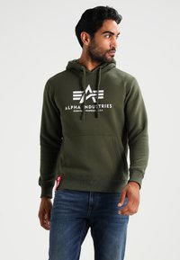 Alpha Industries - Hoodie - dark green - 0