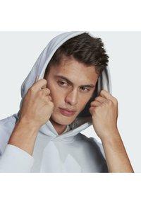 adidas Originals - PREMIUM HOODY UNISEX - Sweatshirt - halo blue - 3