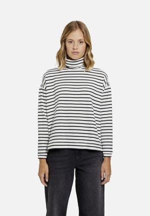 Sweater - black print