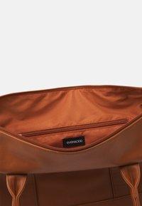 Even&Odd - Weekend bag - cognac - 2