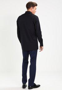 OLYMP Luxor - NEW KENT - Kostymskjorta - schwarz - 2