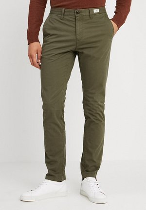 DENTON - Chinos - green