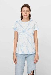 Stradivarius - T-shirts print - light blue - 0