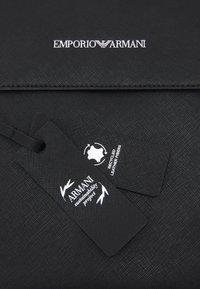 Emporio Armani - MESSENGER BAG UNISEX - Taška spříčným popruhem - black - 4