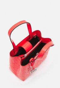 Armani Exchange - Handbag - sangria - 2
