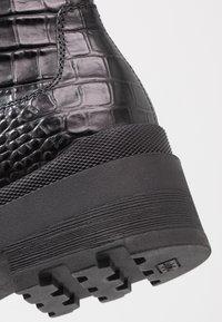 Janet Sport - Kotníkové boty na platformě - miranda nero - 2