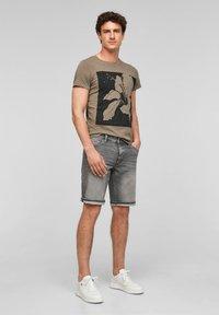 Q/S designed by - Denim shorts - grey - 1