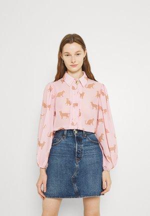 FRITZ PUFF SLEEVE SHIRT - Button-down blouse - pink