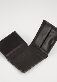 Guess - DAN LOGO BILLFOLD - Monedero - black - 2