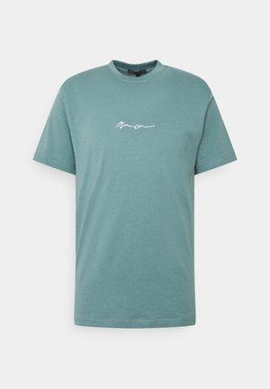 UNISEX ESSENTIAL SIGNATURE  - Print T-shirt - dark green