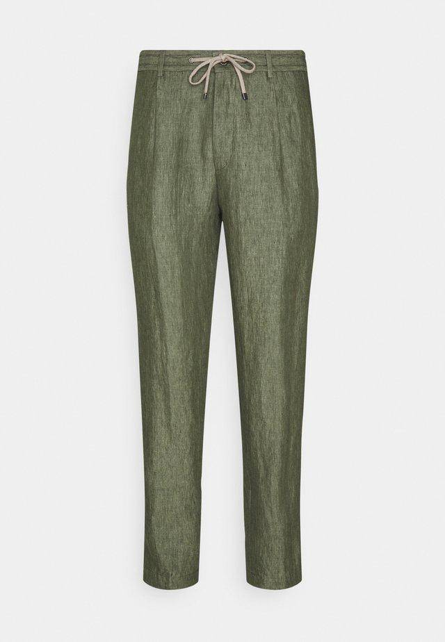 EAMES - Kalhoty - bright green