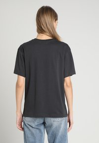 TWINTIP - T-shirt med print - dark grey - 2