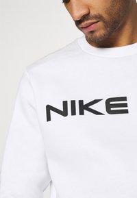 Nike Sportswear - AIR CREW - Sweatshirt - white/photon dust - 5
